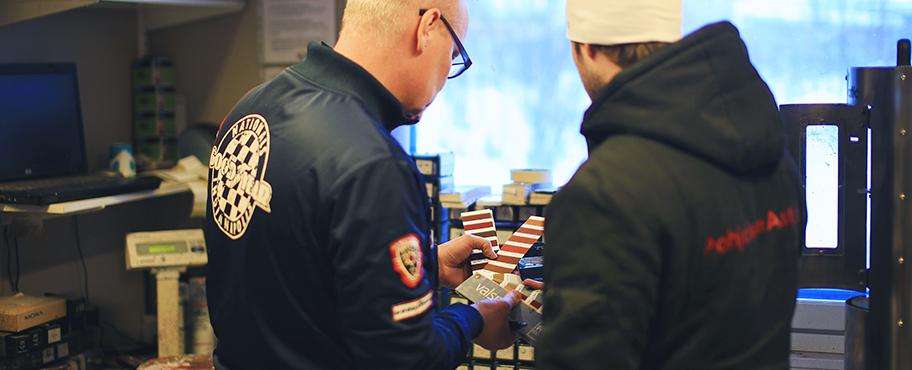Ammattitaitoista palvelua automaalien valintaan tarjoaa Polar Rengas Rovaniemi.