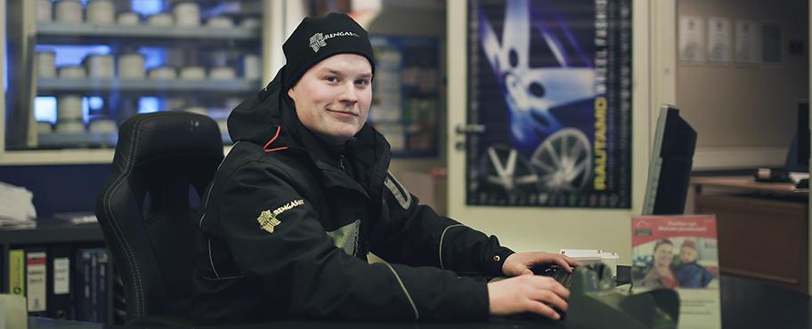 Autokorjaamo Rovaniemi - Edulliset, mutta laadukkaat autokorjaamopalvelut saat näppärästi Polar Renkaalta.